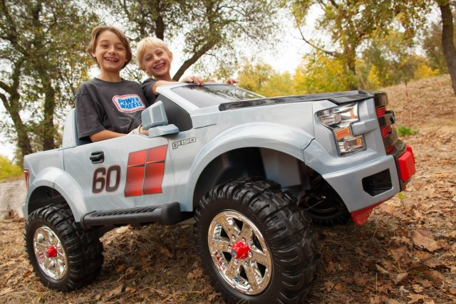 Power Wheels Ford F150 Extreme Sport Unboxing – New 2015 Model!